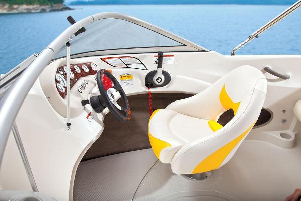 2013 Tahoe boat for sale, model of the boat is Q4i w/ 3.0 MPI 135HP ECT and Trailer & Image # 33 of 38