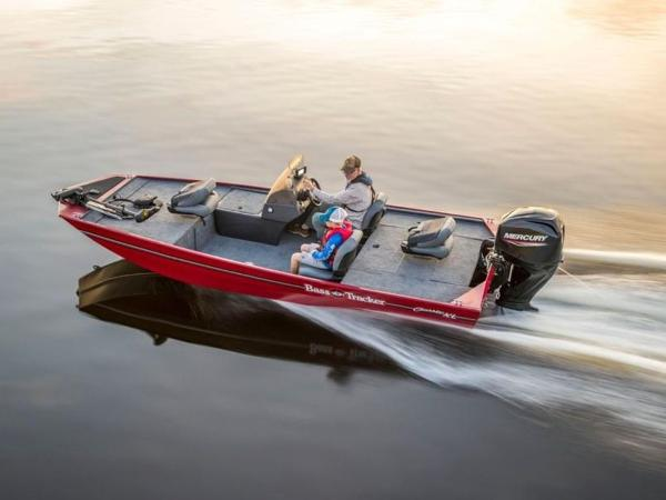 2020 Tracker Boats boat for sale, model of the boat is BASS TRACKER® Classic XL & Image # 8 of 37