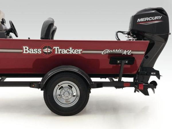2020 Tracker Boats boat for sale, model of the boat is BASS TRACKER® Classic XL & Image # 22 of 37