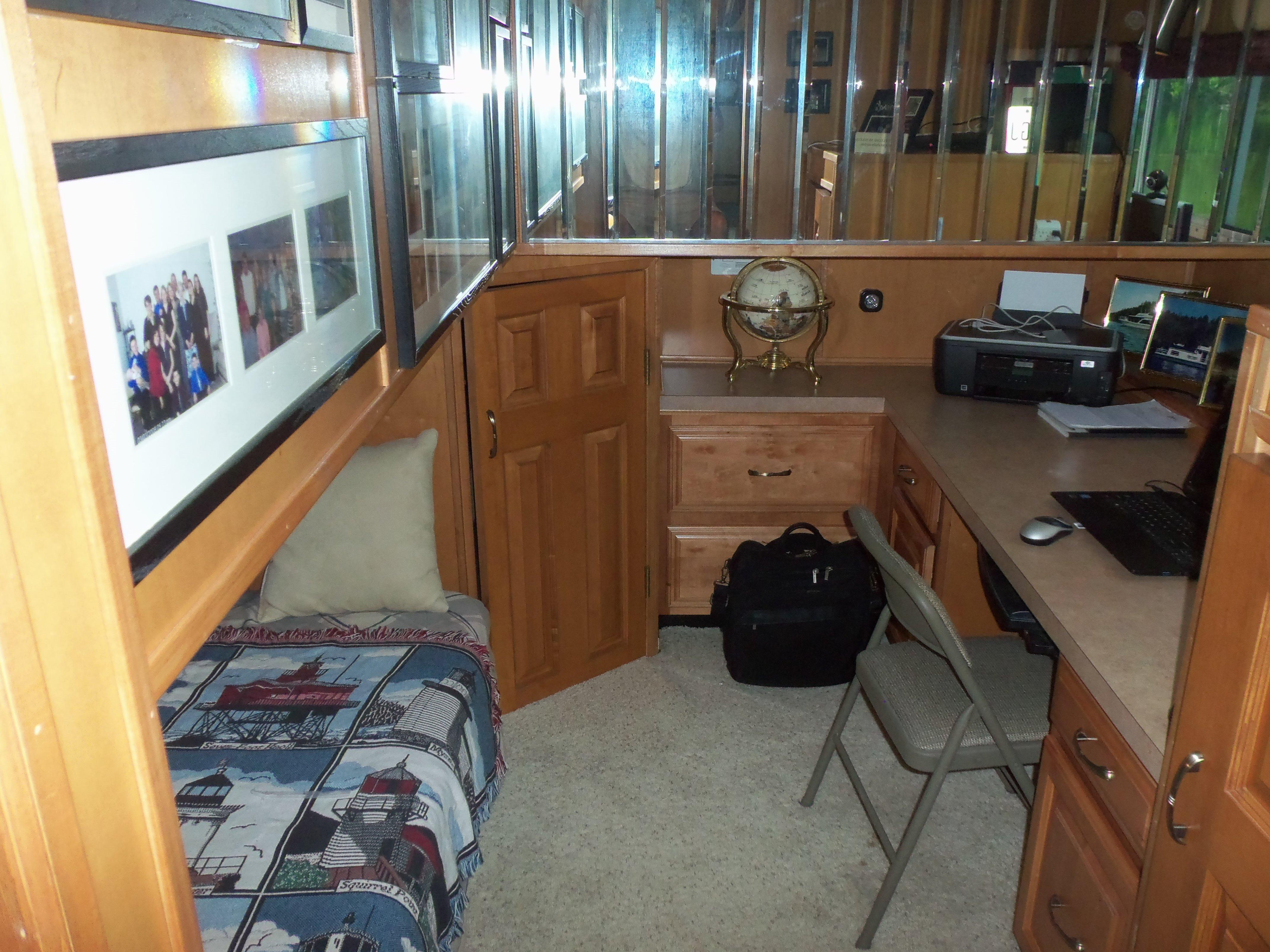 Guest Stateroom / Office