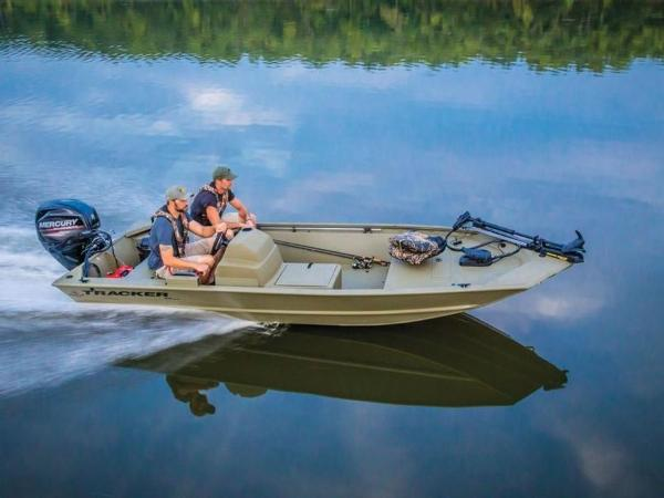 2020 Tracker Boats boat for sale, model of the boat is GRIZZLY® 1648 SC & Image # 2 of 25