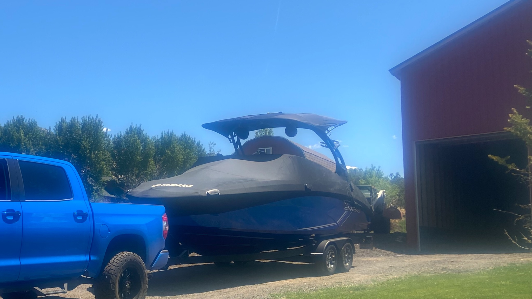 2019 Yamaha boat for sale, model of the boat is 242 X Surf & Image # 2 of 2