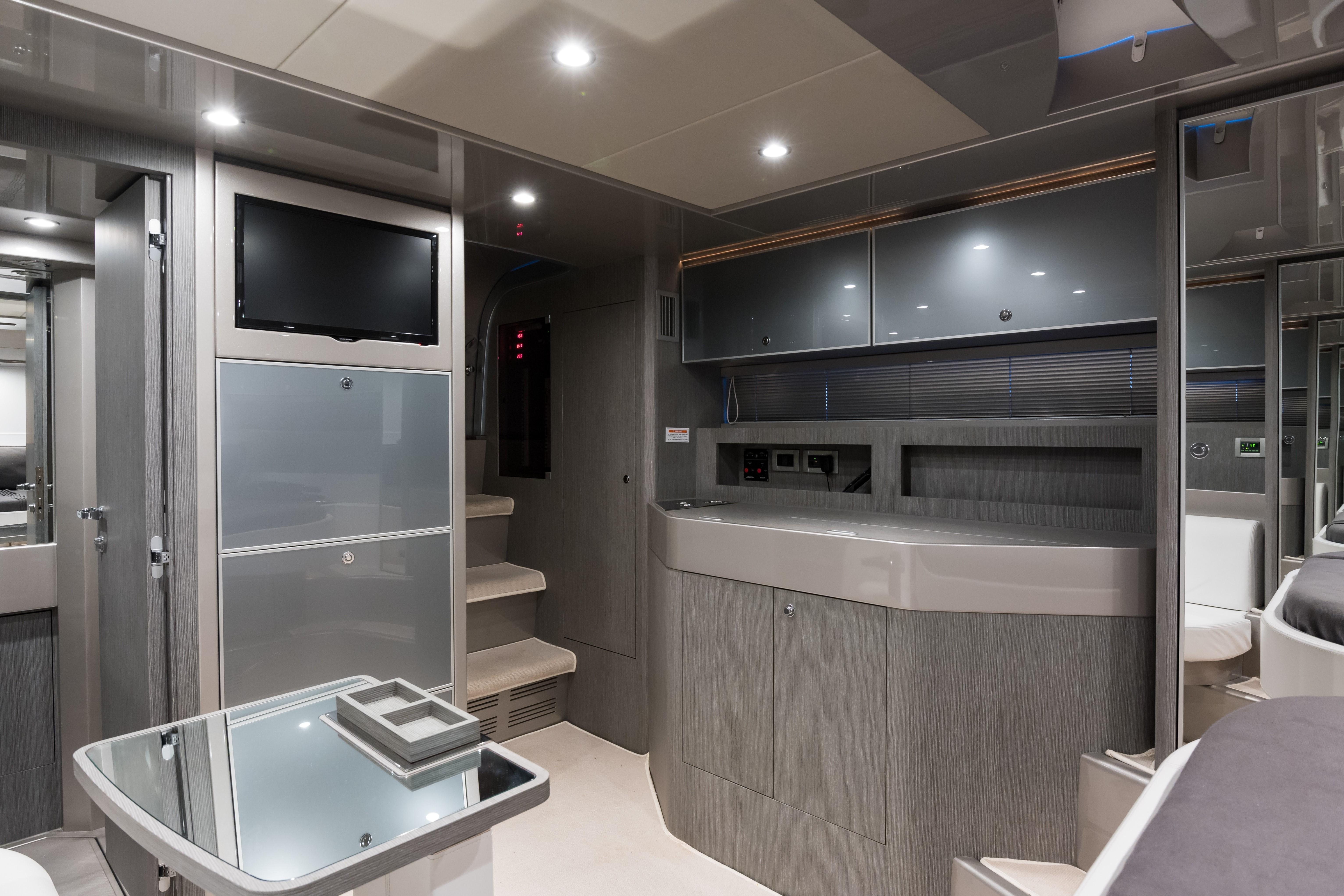 2014 44' Riva Cabin