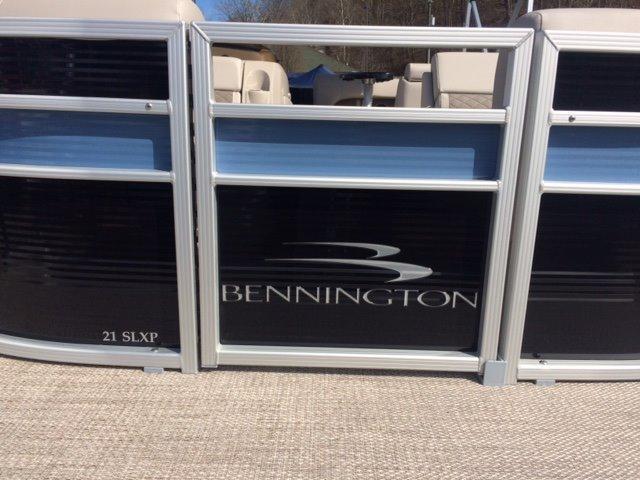 Bennington 21 SLXP Triple Tube