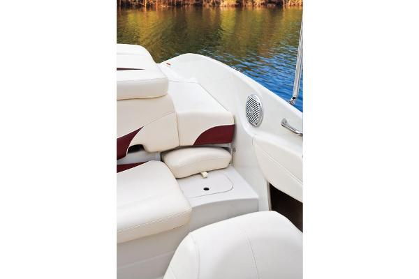 2013 Tahoe boat for sale, model of the boat is Q7i w/ 4.3L 190HP V-6 and Trailer & Image # 8 of 18