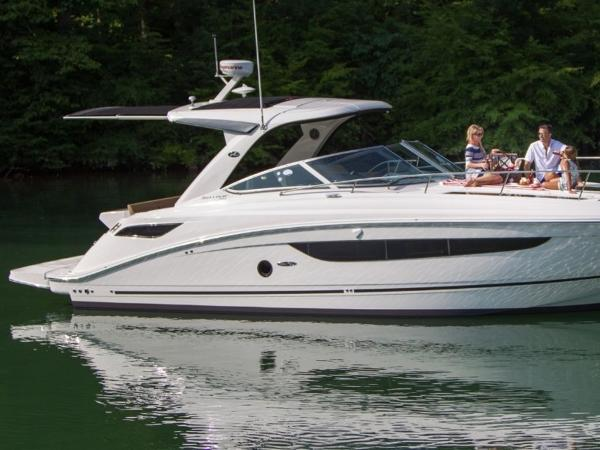 2020 Sea Ray boat for sale, model of the boat is Sundancer 350 & Image # 12 of 23