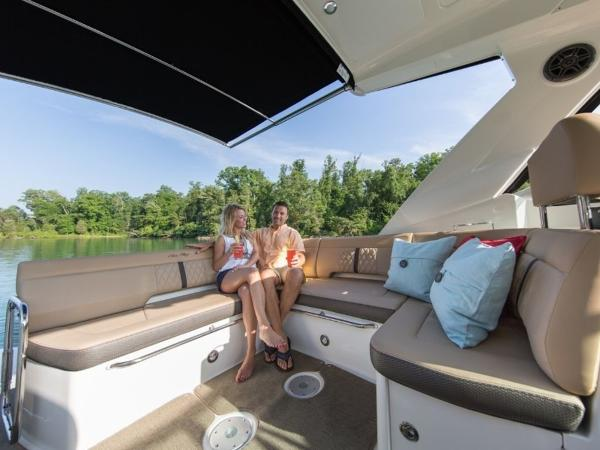 2020 Sea Ray boat for sale, model of the boat is Sundancer 350 & Image # 18 of 23
