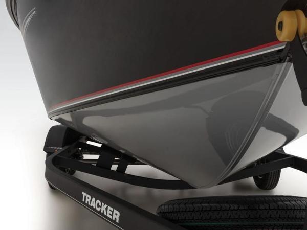 2020 Tracker Boats boat for sale, model of the boat is Targa™ V-19 WT & Image # 19 of 57