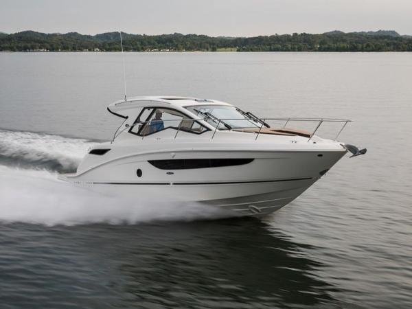 2020 Sea Ray boat for sale, model of the boat is Sundancer 350 Coupe & Image # 6 of 27