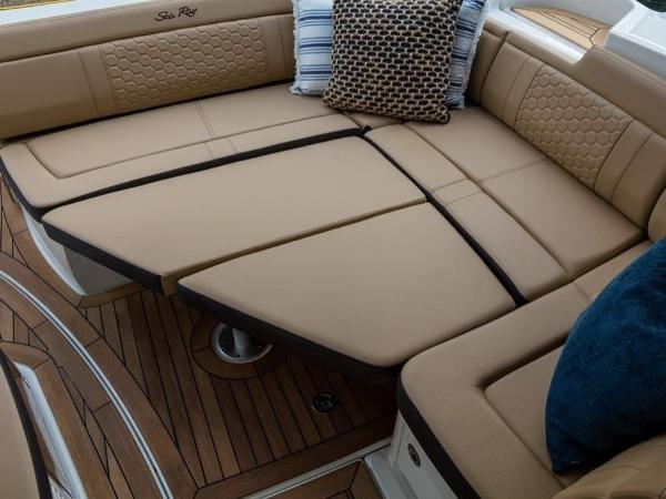 2020 Sea Ray boat for sale, model of the boat is Sundancer 350 Coupe & Image # 7 of 27
