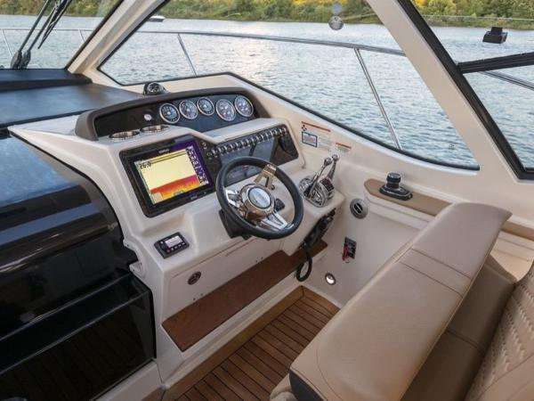 2020 Sea Ray boat for sale, model of the boat is Sundancer 350 Coupe & Image # 8 of 27