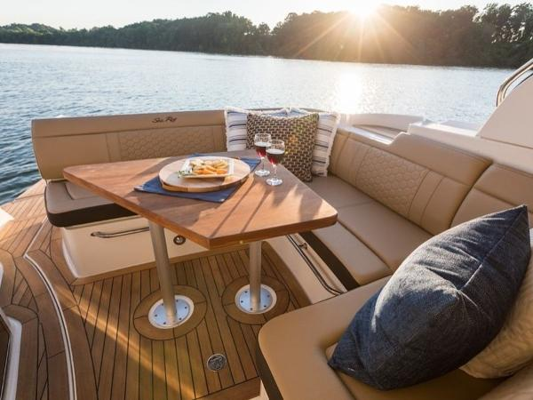 2020 Sea Ray boat for sale, model of the boat is Sundancer 350 Coupe & Image # 10 of 27