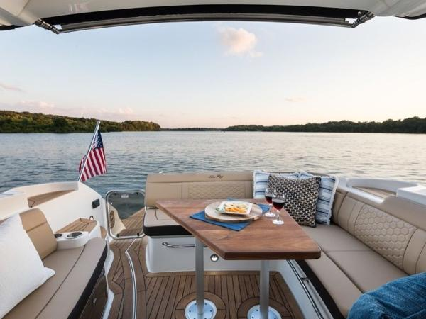 2020 Sea Ray boat for sale, model of the boat is Sundancer 350 Coupe & Image # 15 of 27