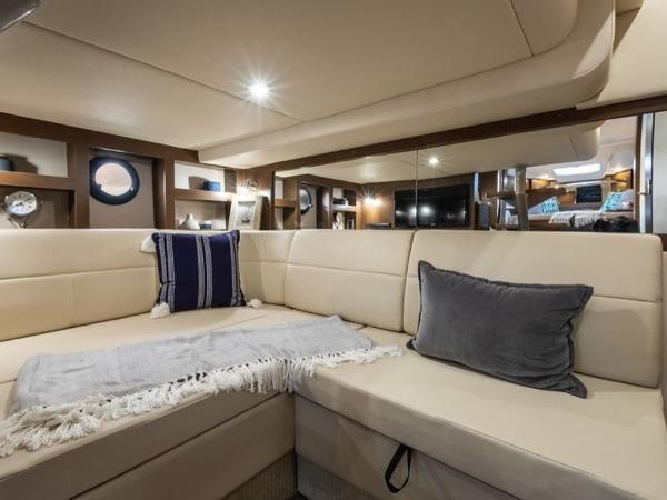 2020 Sea Ray boat for sale, model of the boat is Sundancer 350 Coupe & Image # 20 of 27