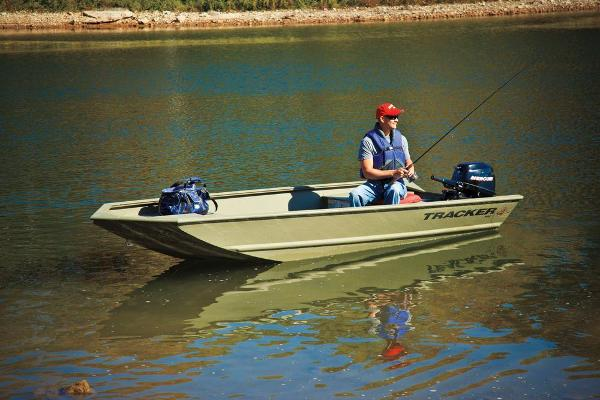 2013 Tracker Boats boat for sale, model of the boat is Grizzly 1448 Jon & Image # 2 of 7