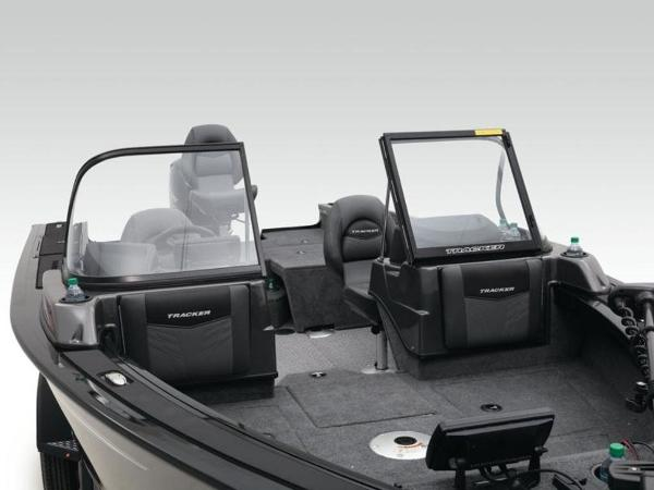 2020 Tracker Boats boat for sale, model of the boat is Targa™ V-19 Combo Tournament Ed. & Image # 13 of 57