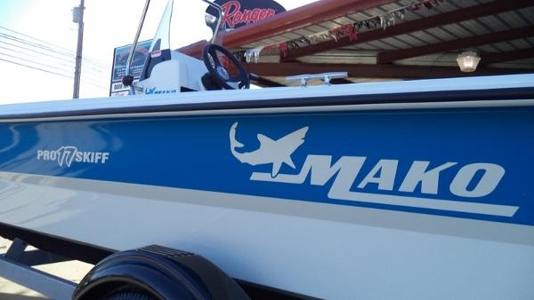 2018 Mako boat for sale, model of the boat is Pro Skiff 17 CC & Image # 5 of 11
