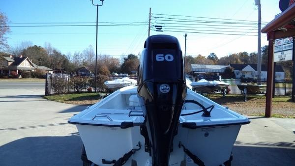 2018 Mako boat for sale, model of the boat is Pro Skiff 17 CC & Image # 10 of 11