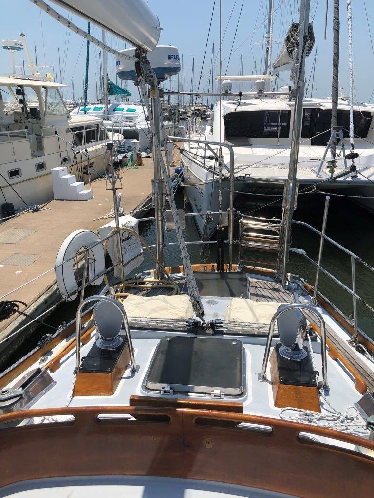 Aft deck with storage