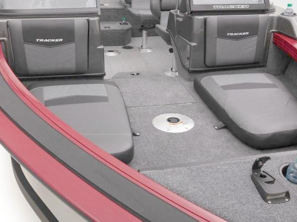 2020 Tracker Boats boat for sale, model of the boat is Targa™ V-19 Combo & Image # 29 of 66