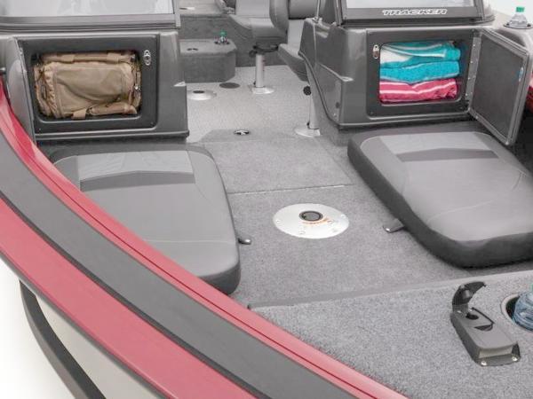 2020 Tracker Boats boat for sale, model of the boat is Targa™ V-19 Combo & Image # 30 of 66