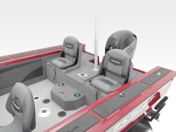 2020 Tracker Boats boat for sale, model of the boat is Targa™ V-19 Combo & Image # 39 of 66