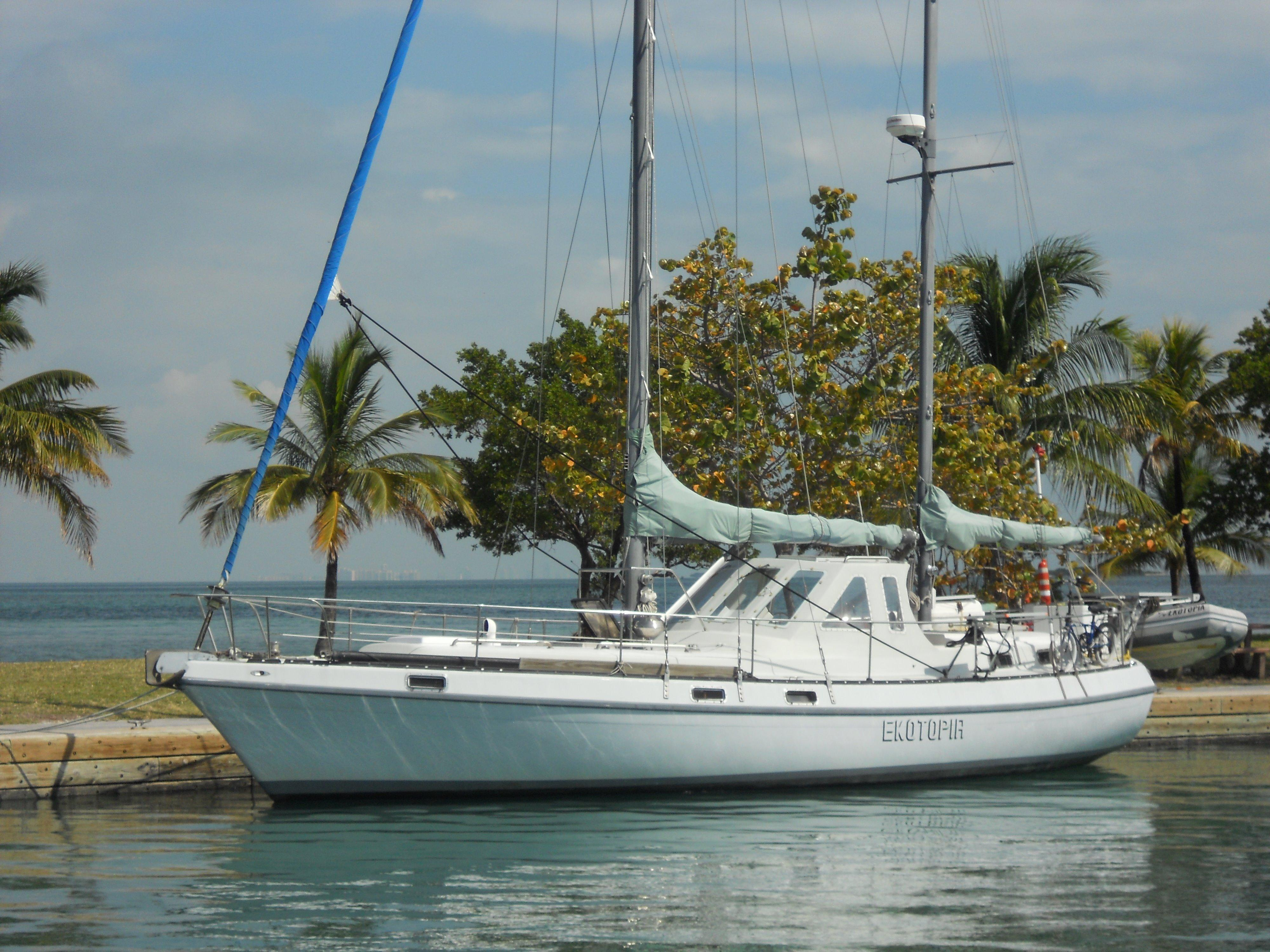 41' Morgan 1978 O/I Custom CC Pilothouse