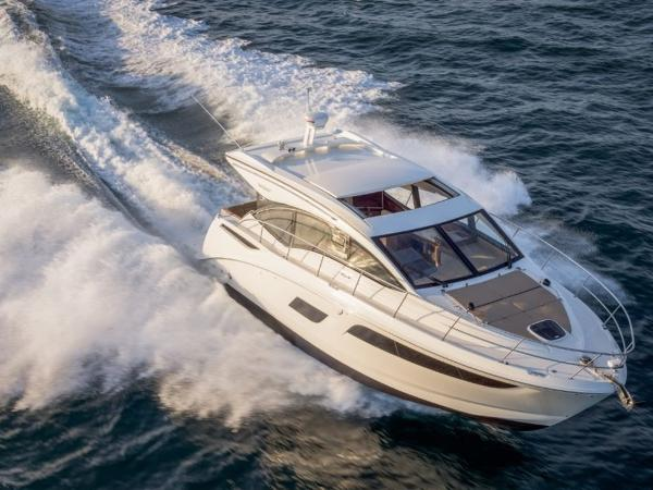 2020 Sea Ray boat for sale, model of the boat is Sundancer 400 & Image # 24 of 26
