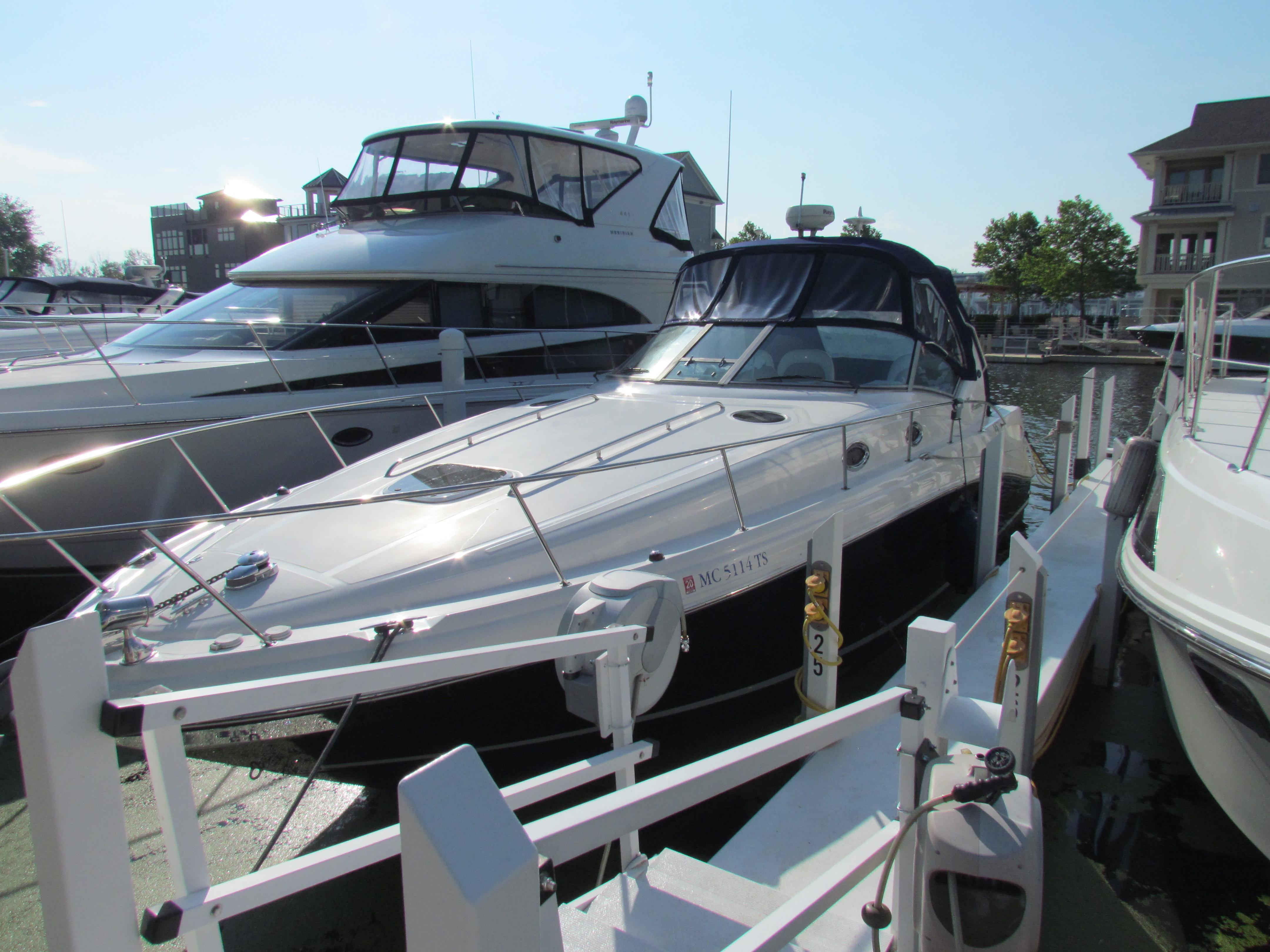 34 Sea Ray 2005 New Buffalo | Denison Yacht Sales