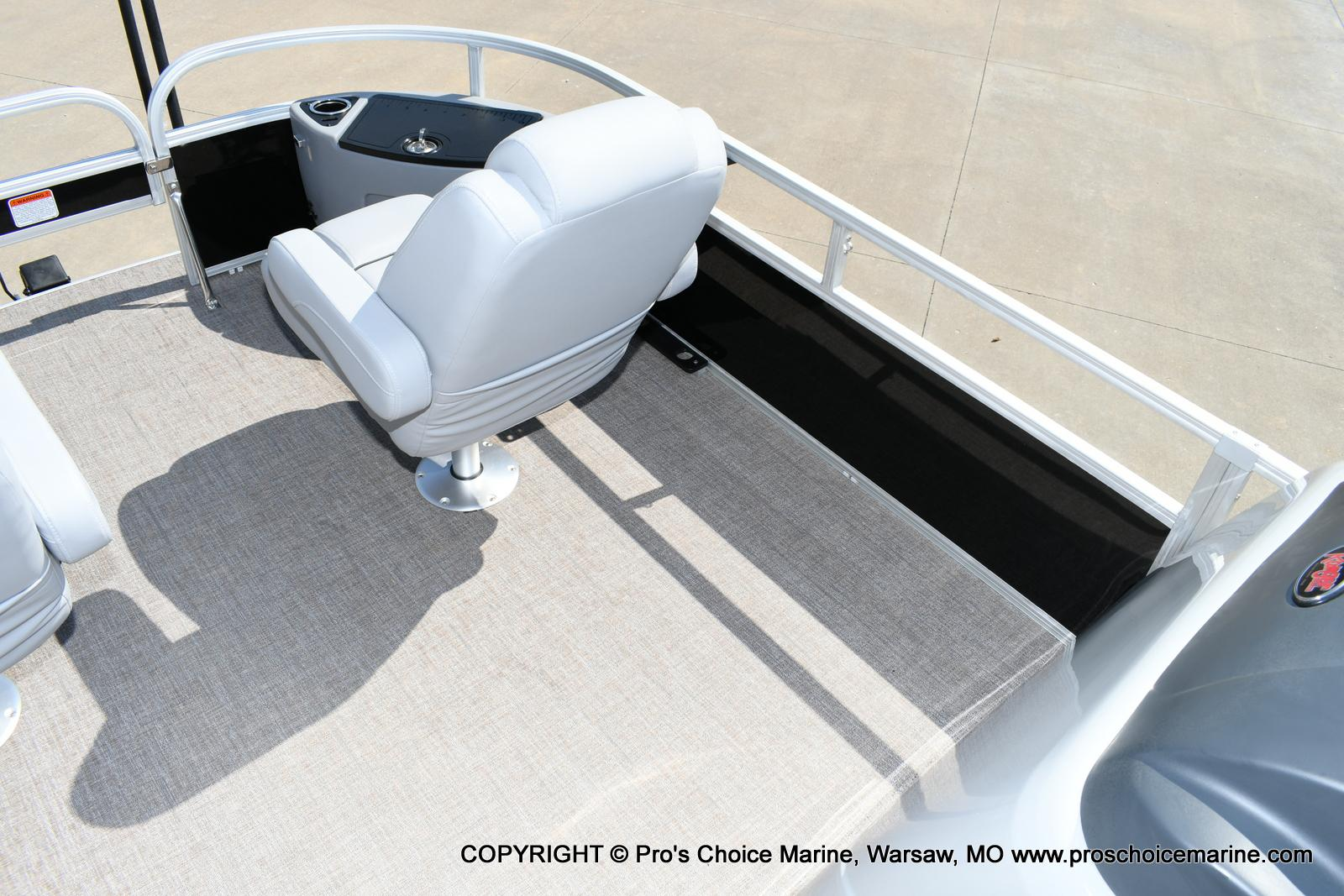 2020 Ranger Boats boat for sale, model of the boat is 220F & Image # 10 of 50