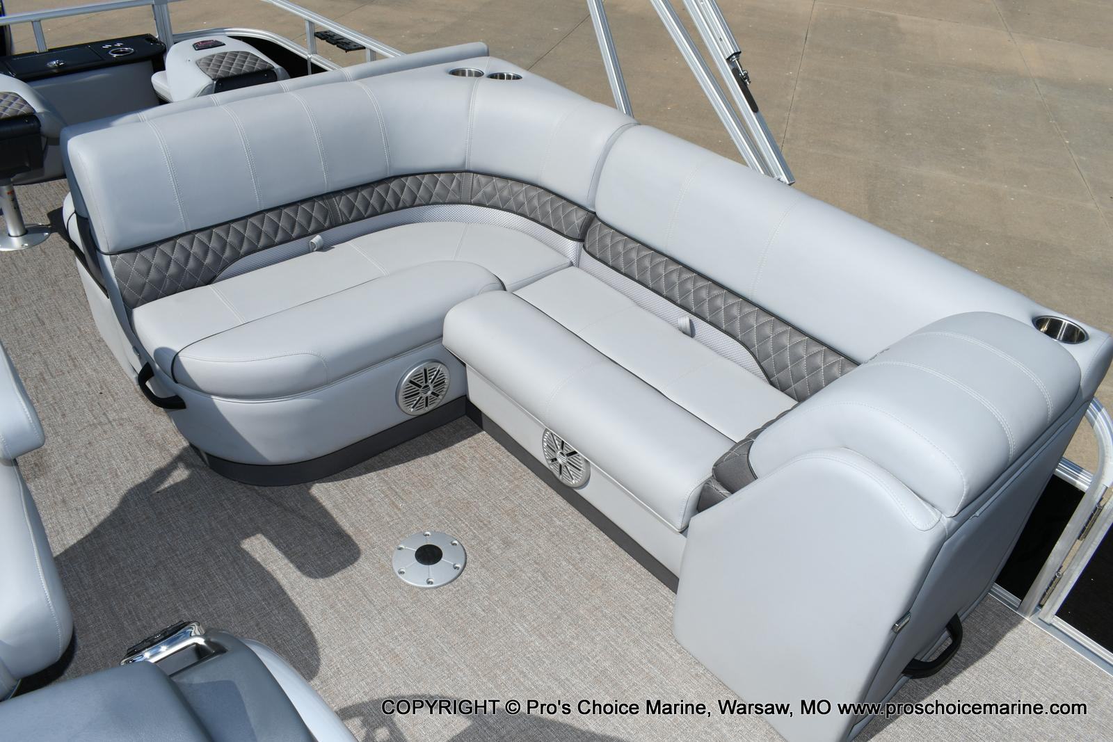 2020 Ranger Boats boat for sale, model of the boat is 220F & Image # 23 of 50