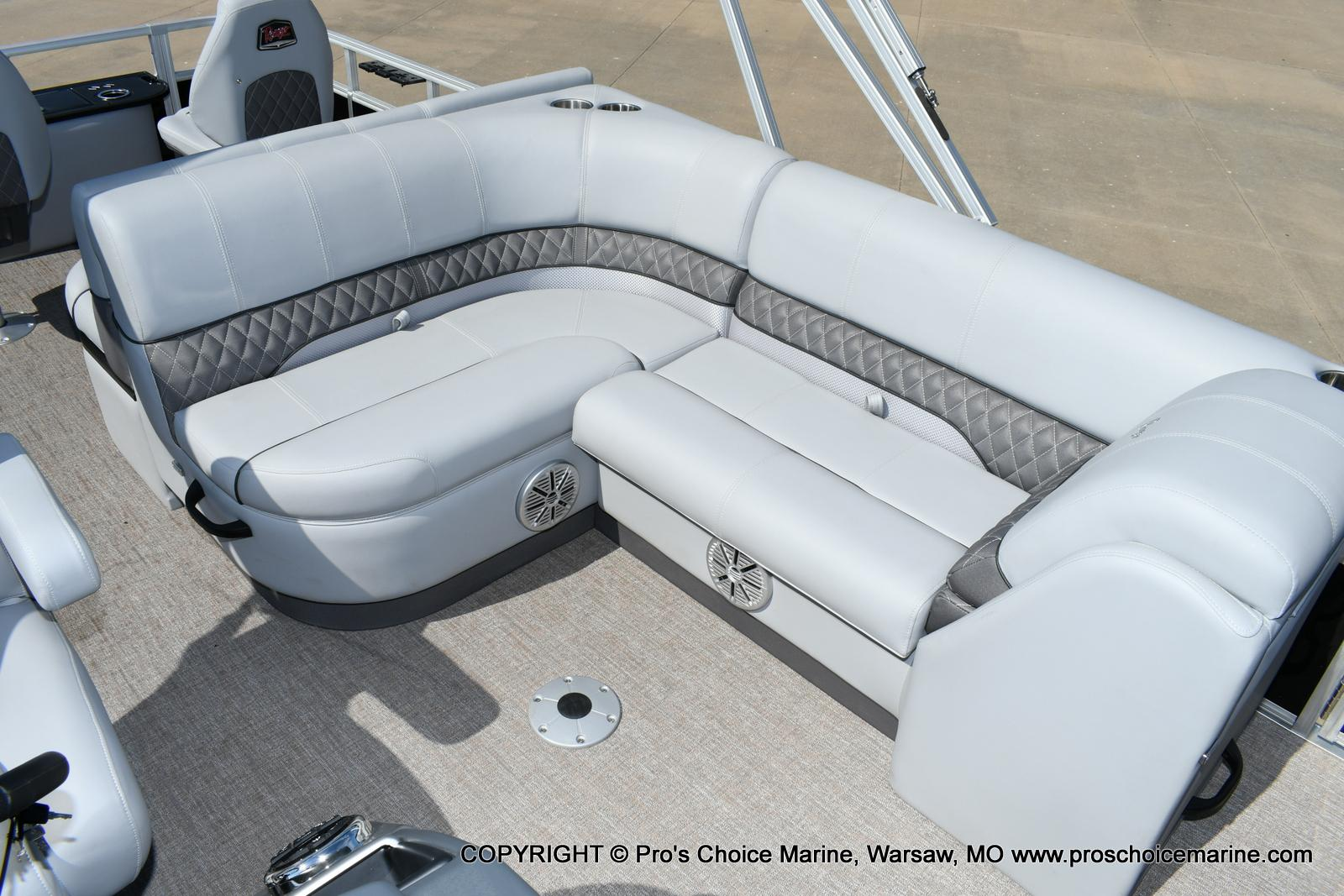 2020 Ranger Boats boat for sale, model of the boat is 220F & Image # 28 of 50