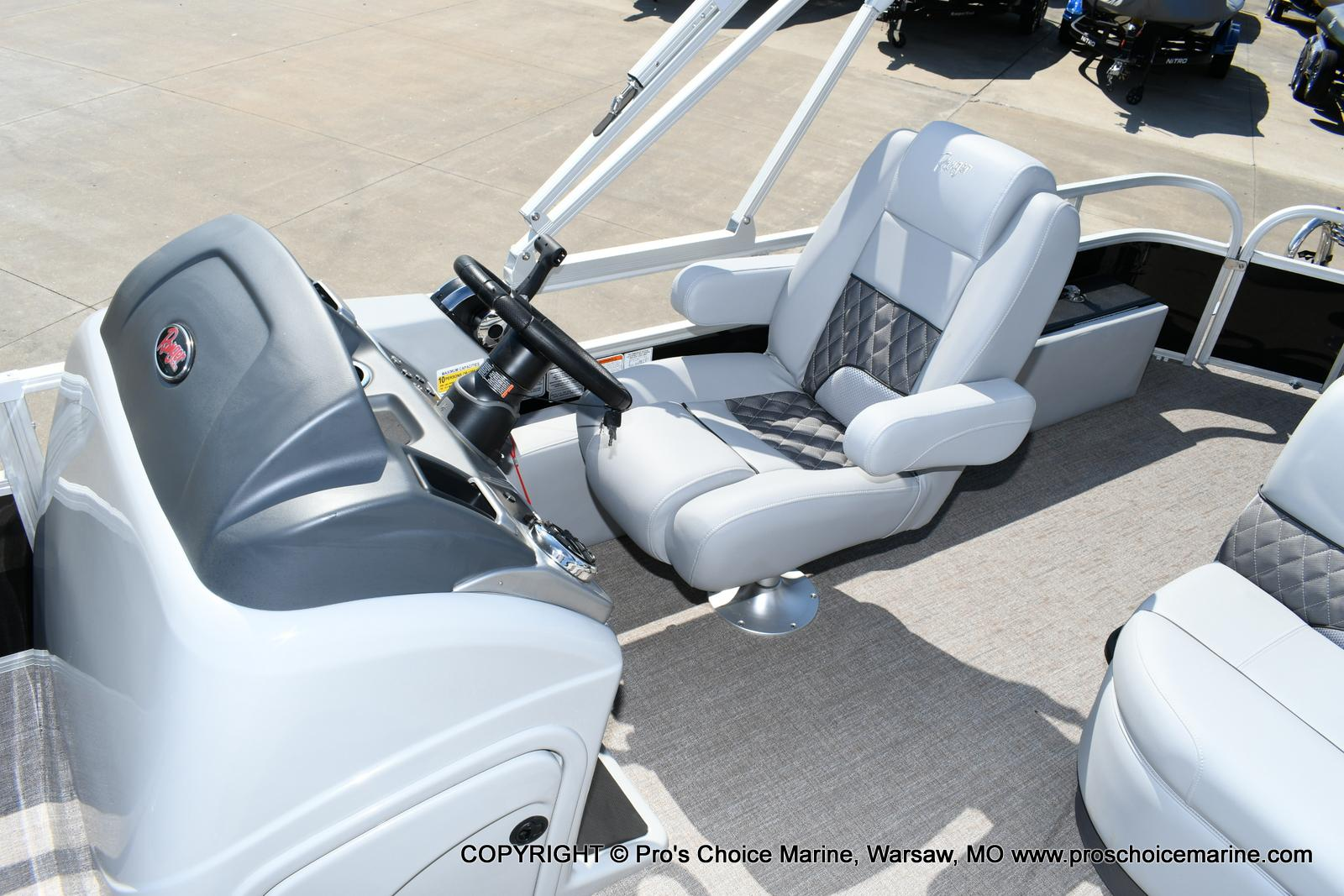 2020 Ranger Boats boat for sale, model of the boat is 220F & Image # 34 of 50