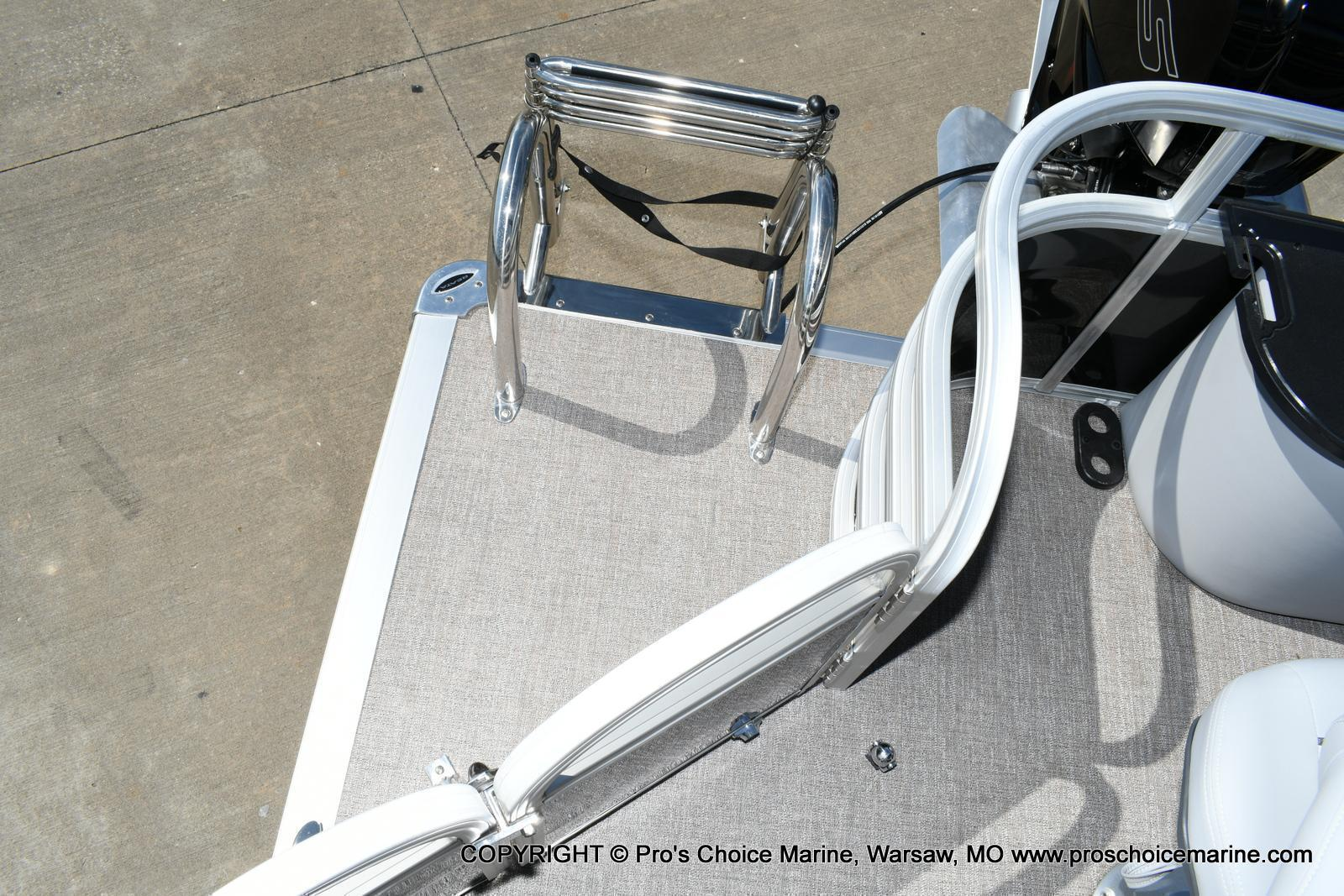2020 Ranger Boats boat for sale, model of the boat is 220F & Image # 38 of 50