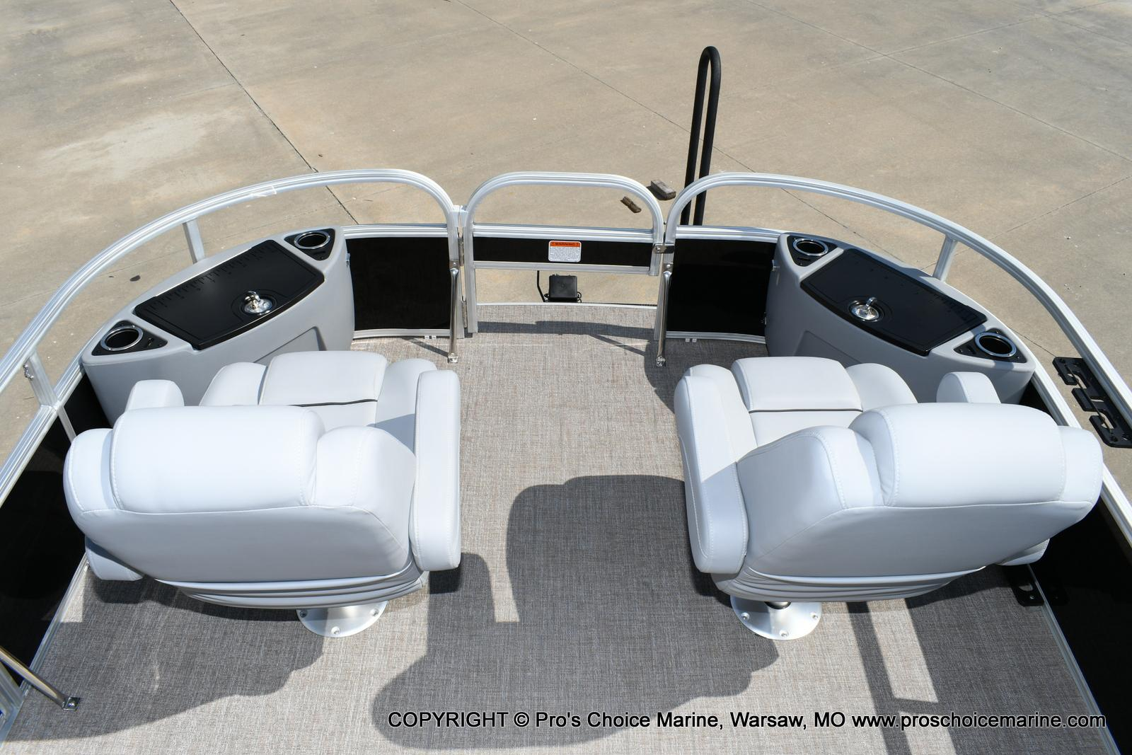 2020 Ranger Boats boat for sale, model of the boat is 220F & Image # 9 of 50