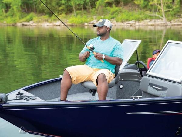 2020 Tracker Boats boat for sale, model of the boat is Pro Guide™ V-175 Combo & Image # 30 of 54