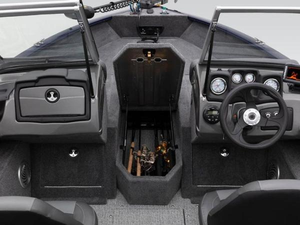2020 Tracker Boats boat for sale, model of the boat is Pro Guide™ V-175 Combo & Image # 37 of 54