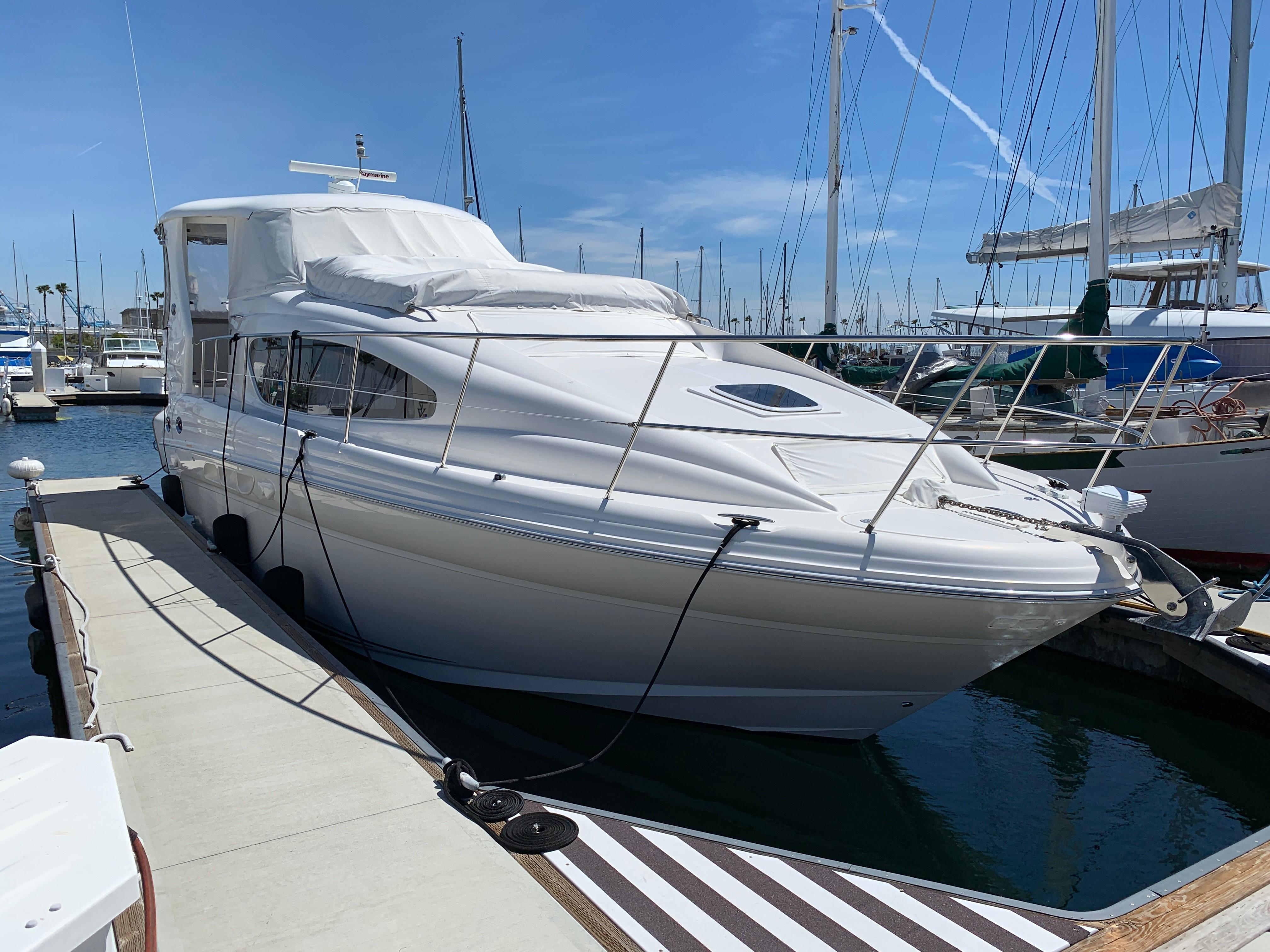 390 Motor Yacht - 50 North