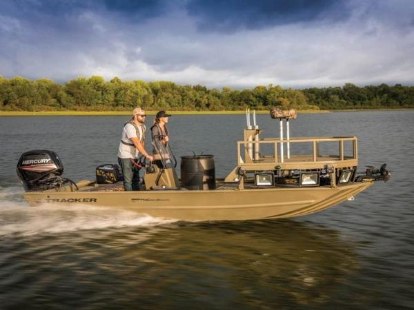 2020 Tracker Boats boat for sale, model of the boat is GRIZZLY® 1860 CC Sportsman & Image # 1 of 37