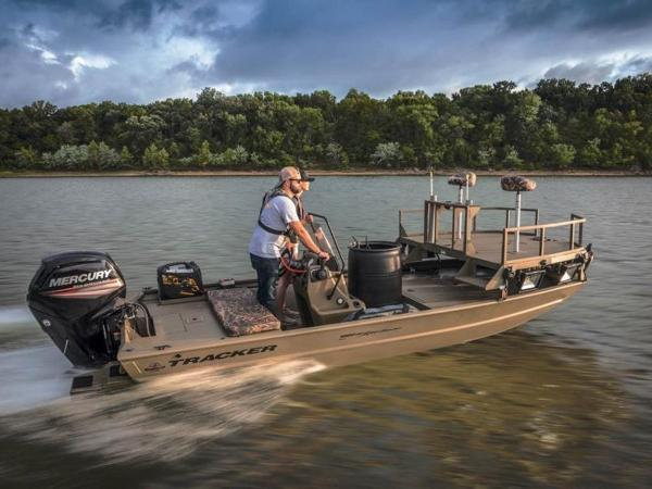 2020 Tracker Boats boat for sale, model of the boat is GRIZZLY® 1860 CC Sportsman & Image # 3 of 37