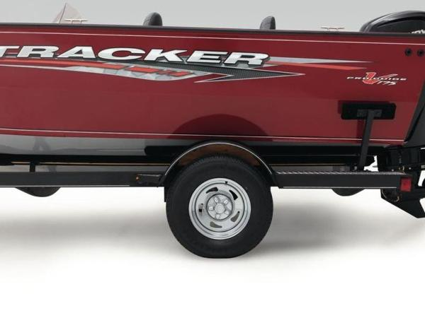 2020 Tracker Boats boat for sale, model of the boat is Pro Guide™ V-175 SC & Image # 15 of 52