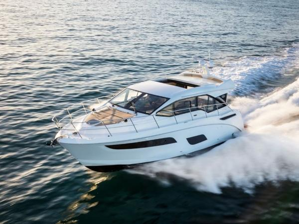 2020 Sea Ray boat for sale, model of the boat is Sundancer 460 & Image # 20 of 21