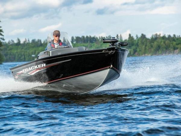 2020 Tracker Boats boat for sale, model of the boat is Pro Guide™ V-16 SC & Image # 5 of 43