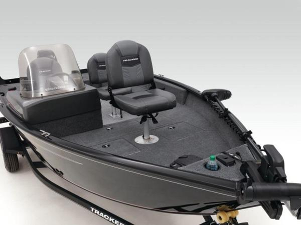 2020 Tracker Boats boat for sale, model of the boat is Pro Guide™ V-16 SC & Image # 36 of 43