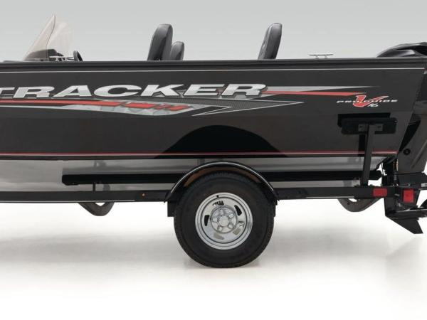 2020 Tracker Boats boat for sale, model of the boat is Pro Guide™ V-16 SC & Image # 37 of 43