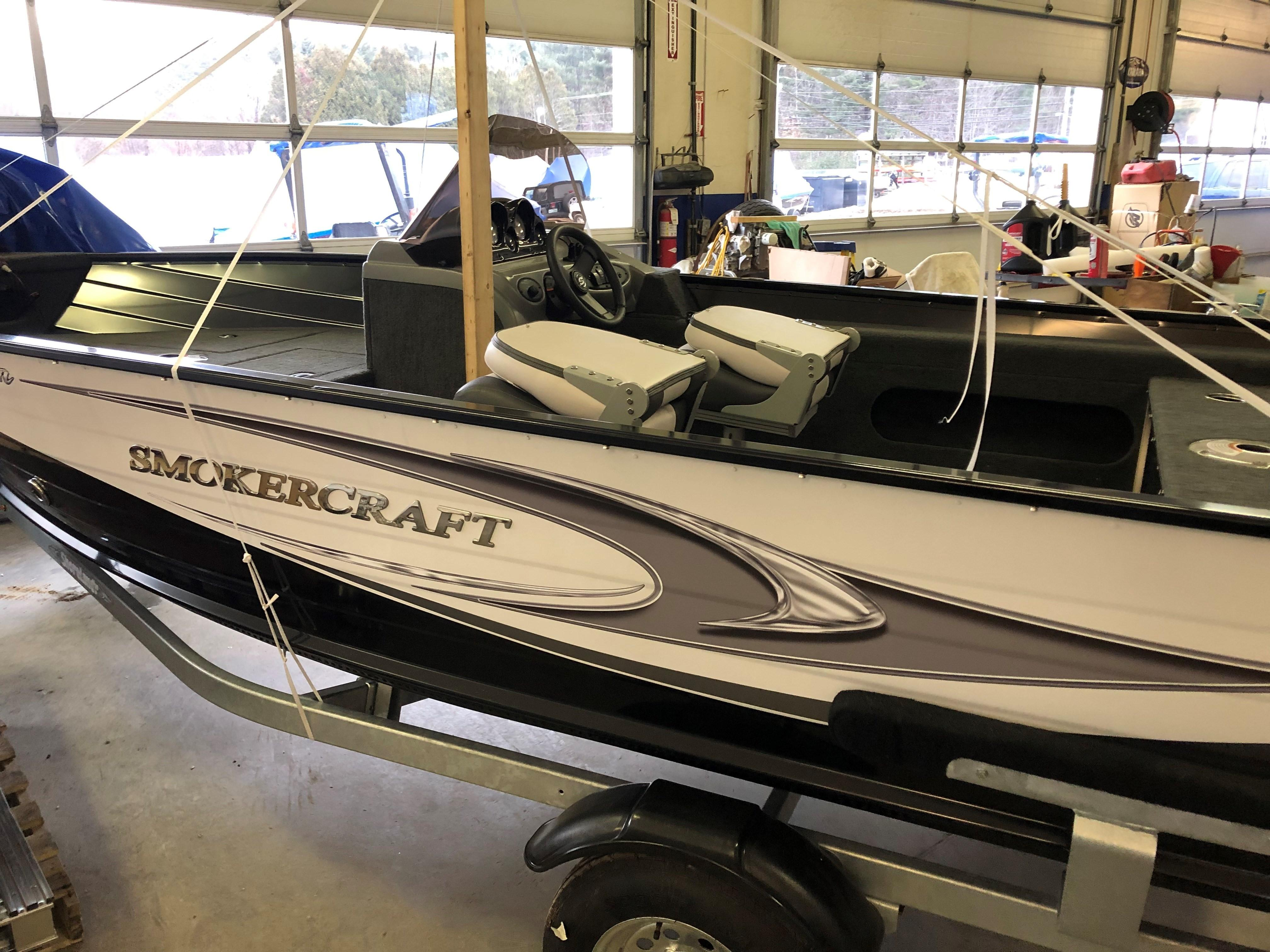 2018 Smoker Craft boat for sale, model of the boat is Pro Angler 161 & Image # 4 of 14
