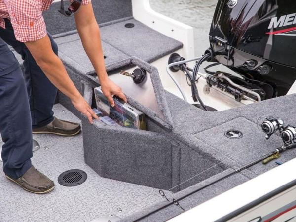 2020 Tracker Boats boat for sale, model of the boat is Pro Guide™ V-16 WT & Image # 28 of 43