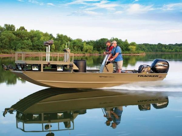 2020 Tracker Boats boat for sale, model of the boat is GRIZZLY® 2072 CC Sportsman & Image # 1 of 35