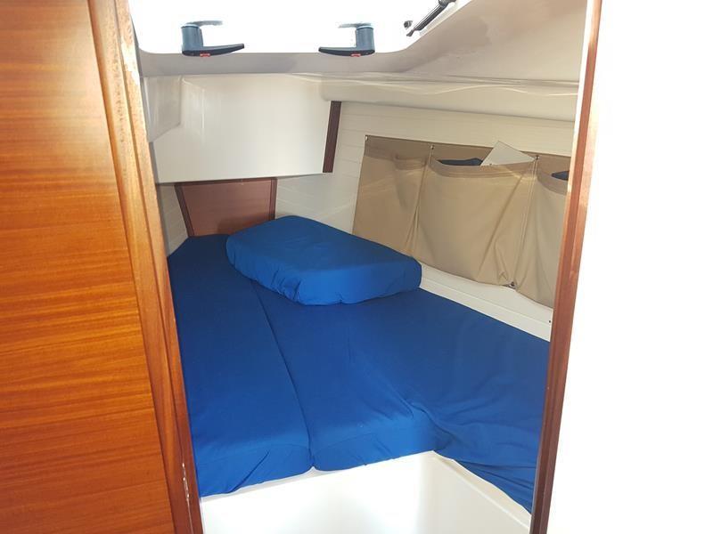 Winner 9 cabin