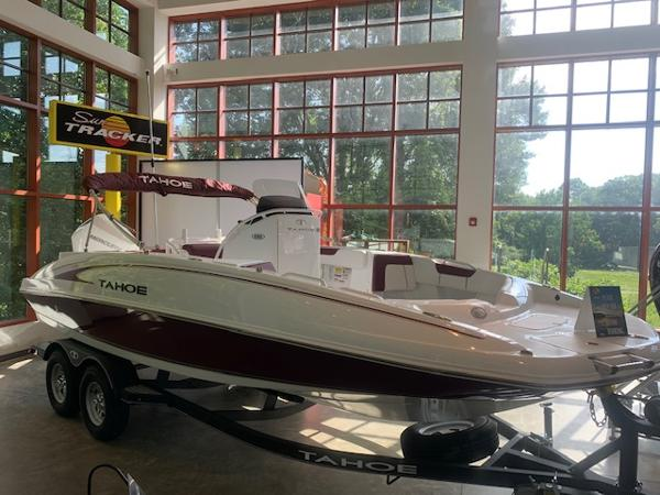 2020 Tahoe boat for sale, model of the boat is 2150 CC & Image # 2 of 96